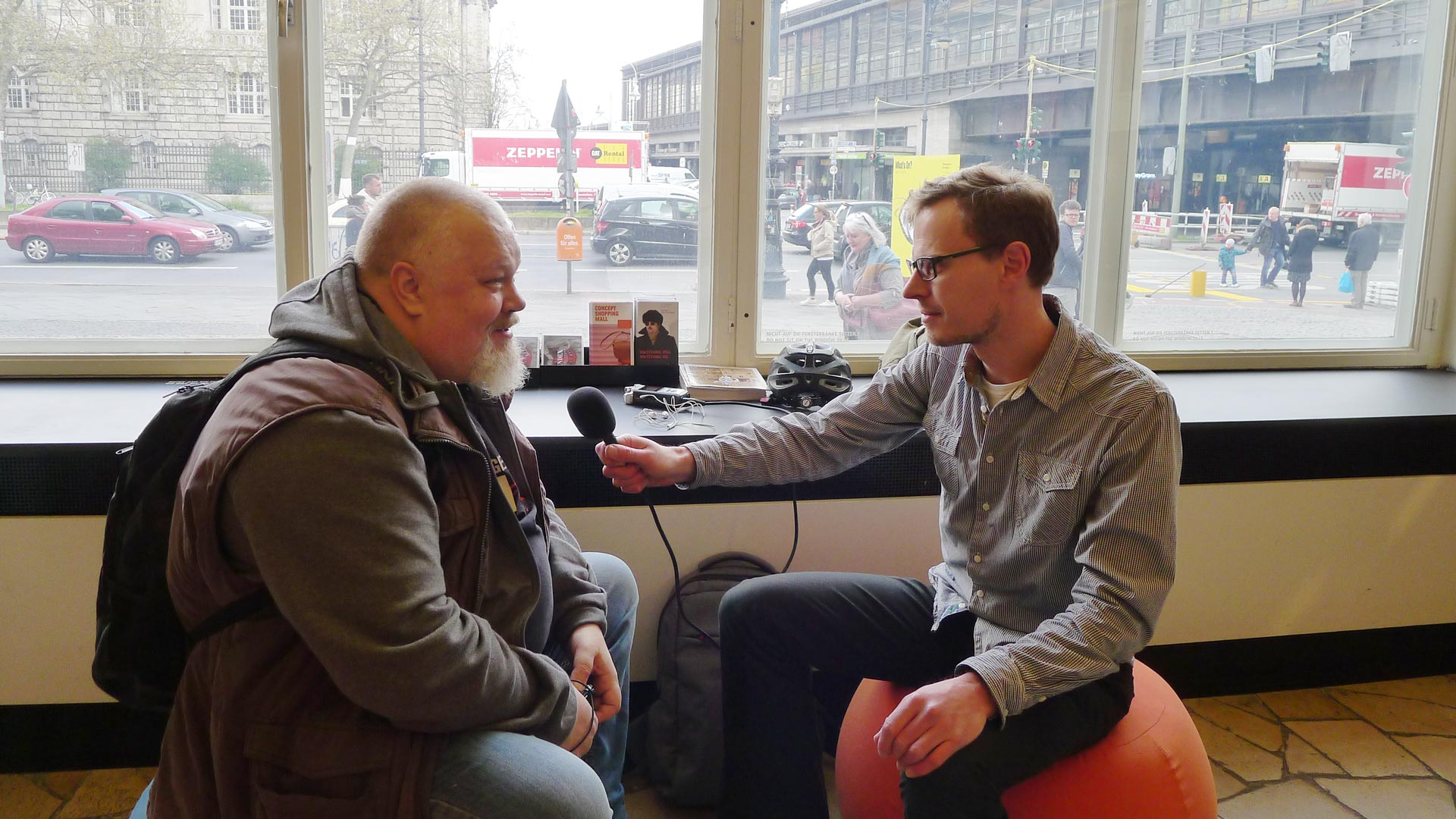 5 juli-podden 49: Watched på C/O Berlin. Henrik Alexandersson (HAX) och Karl Andersson.